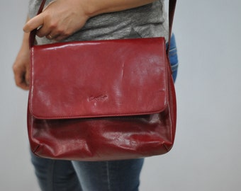 Vintage CESILY leather bag..(243)