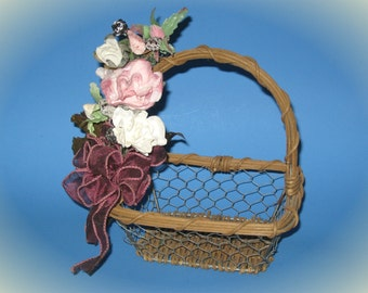 """7"""" x 7"""" Wood + Wire Basket/Planter with Victorian-style Flowers and Bow"""