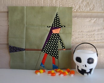 Halloween special *Witch* paper pieced quilt pattern in PDF