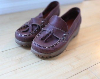 vintage tassle burgnady leather wedge loafers womens 8 1/2