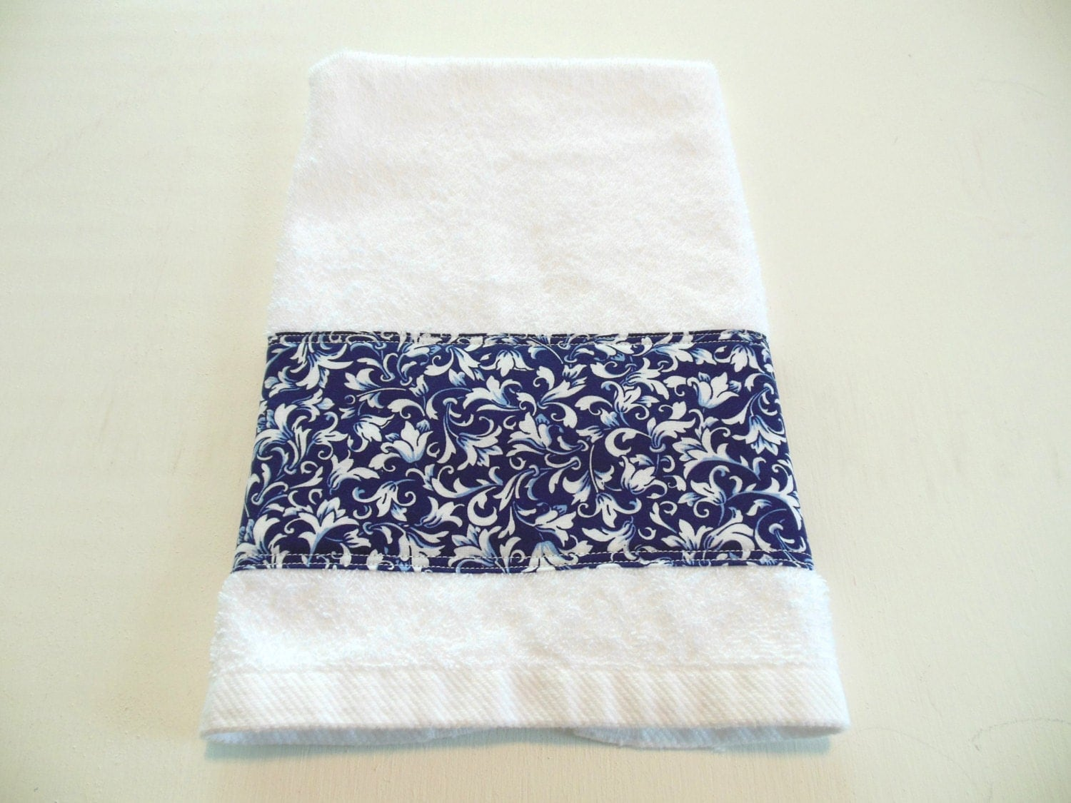 Navy blue decorative hand towel kitchen towel bath hand towel for Decorative bath towels