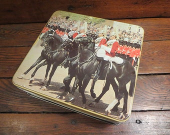 Antique tin box, Royal Horse Gards / Canadian royalty tin box / collectible tin box / souvenir toffee candy box / Horses tin box collection