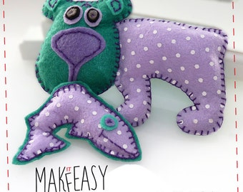 Bear and salmon - Felt pattern and Tutorial - DIY - Making pattern PDF - Plushie animal Instructions
