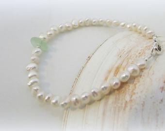 Pearl bracelet. Sea glass bracelet. Sea glass jewelry. Pearl and sea glass bracelet. Sterling bracelet. Wedding jewelry. Wedding gift