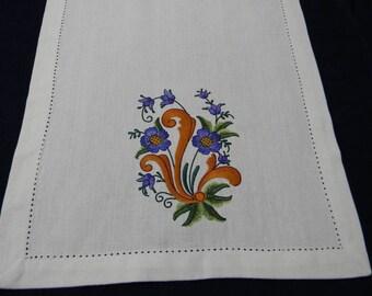"Scandinavian White Embroidered Cotton Table Runner 14"" x 52"" Rosemaling #857"
