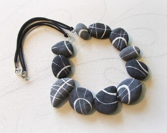 Beach stones necklace in papier mache Nature gift Recycled bijoux inspired by nature Jewelry with irregular pebbles