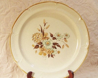 Vintage Wellington Stoneware of Japan - Finesse - Salad Plate SY7651