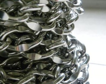 Large links silver chain 20mm X 30mm selling by 5 meters