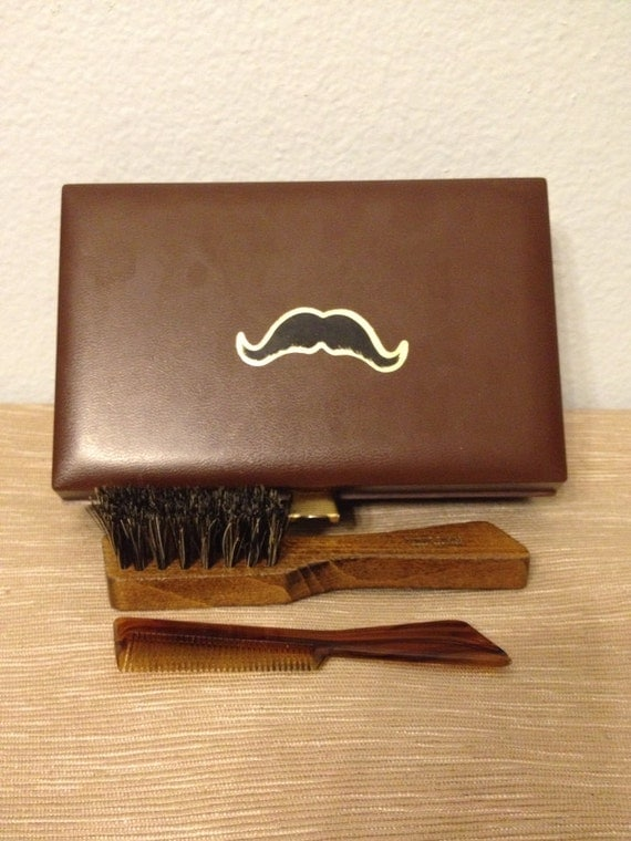 awesome vintage mustache grooming kit with brush and comb. Black Bedroom Furniture Sets. Home Design Ideas