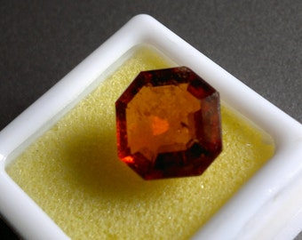 8.00 ct. fiery reddish orange Hessonite. Mythical and magical gem from Ceylon in great color,cut and shape.