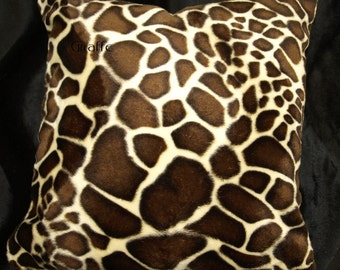 Giraffe Throw Pillow Cover