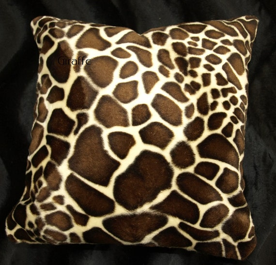 Giraffe Decorative Pillow : Giraffe Throw Pillow Cover