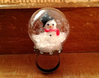 Snow Globe Ring GLASS ring Snowman ring Christmas Ring WINTER SNOW Antique bronze vintage style ring