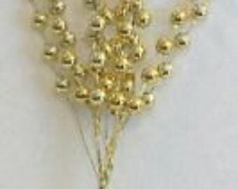 Gold Berry Christmas Piks 2 Dozen