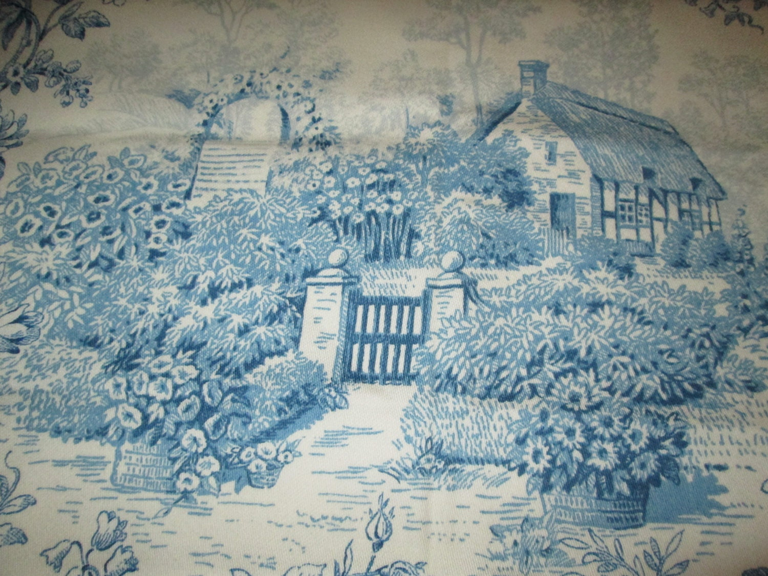 Blue french toile fabric kaufmann kent garden for French toile fabric