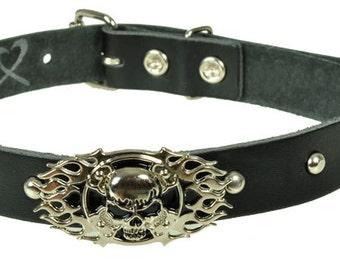 """Lederhalsband/Choker """"SKULL FLAME"""", Leder, leather, Halsband, Schwarz, black, Totenkopf, skull, Niete, rivet, Flamme"""