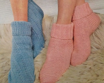 Knitting Pattern For Ladies Bed Socks : Bedsocks Etsy