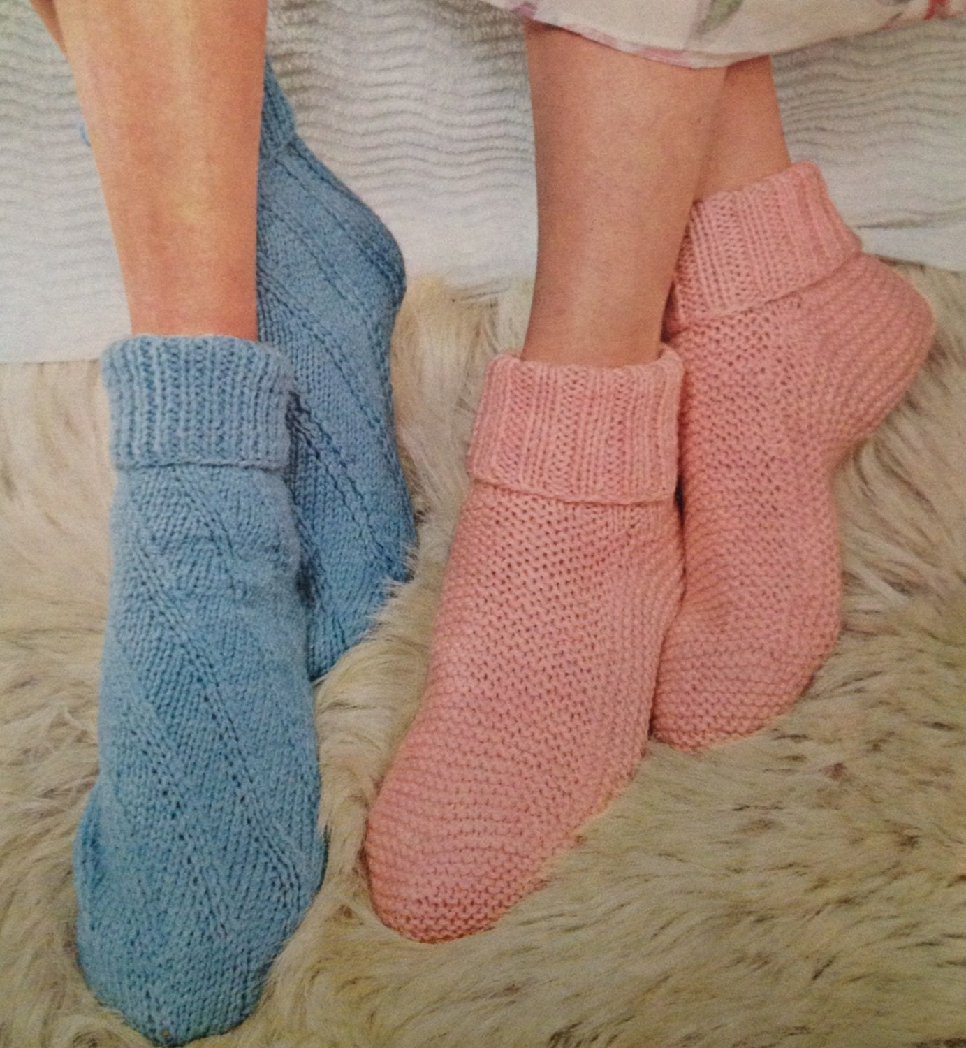 Bed Socks Knitting Pattern 2 Needles : vintage knitting pattern for ladies bed socks in double knit