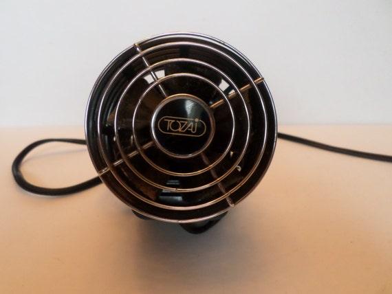 Personal Desk Fan : Vintage tozai personal desk fan