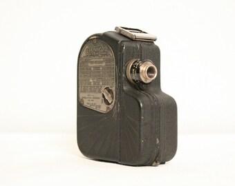 Vintage Univex Model A8 8mm Movie Camera