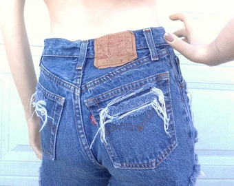 High Waisted  Levis Denim Cut Offs Shorts Waist 26 inches