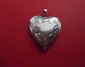 925 Sterling Silver Pendant heart locket