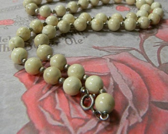 Vintage 1940s Cream Glass Bead Necklace Single Strand Sterling Silver Beads