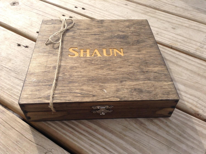 gifts groomsmen cigar boxes