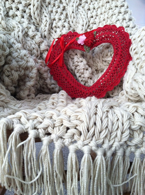 Chunky Knit Blanket in Elegant Off White Free by ...