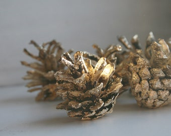 Gold Pinecones, Holiday Decor, Christmas Ornament, 10 Pinecones, Wedding Decoration, Nature Gifts