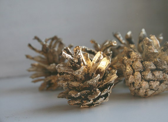 Gold Pinecones, Holiday Decor, Christmas Ornament