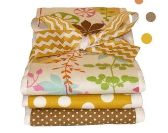Chelsea Dot Burp Cloth Set - Baby Shower Gift
