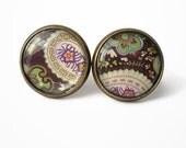 Flower pattern stud earrings, flower post earrings, tiny stud earrings, India style earring post, dot earring