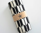 LAST ONE! Modern Cotton Baby Blanket - Gender Neutral/Black and White Arrow Fabric - Baby Bedding - Newborn Baby Gift - Ready to Ship