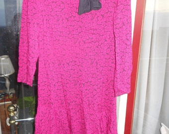1980s does 1950s magenta floral dress size S/M