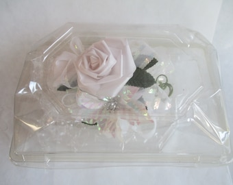 Vintage,  Corsage, White,  in Original Plastic Box.  Pristine with Pearled End Straight Pin, Prom, Collectible, Design