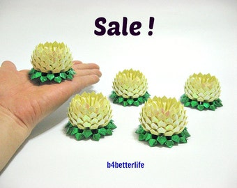 Sale! Lot of 5pcs Light Yellow Color Small Origami Lotus. (RS paper series). #FLT-130.
