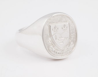 Sedbergh School Ring in Sterling Silver - Large Signet Ring for Sedberghian Alumni from Montebello, Québec