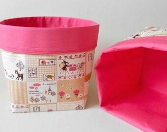 Set of 2 Woodland Critters Storage Caddies with Pink Lining, Deer, Squirrel, Cat, Hedgehog, Bird Organisation Bins, Desk Fabric Cube