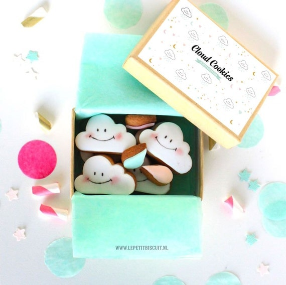 Cloud cookies 10 pieces and 10 drops in a pretty box. Fits in Your Mailbox!