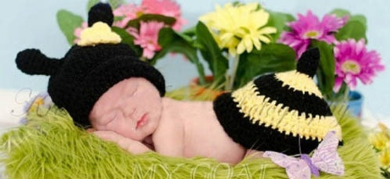 Newborn Crochet Bumblebee Outfit Hat  Set Photo Props