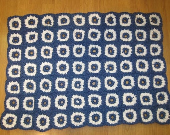 Crocheted Daisy Rug