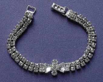 Sweet Vintage Art Deco Style Rhinestone 'BOW TIE' Tennis Bracelet GARNE