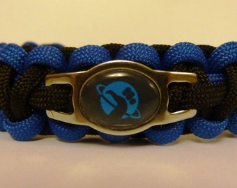 Hitchhiker's Guide to the Galaxy Paracord Bracelet