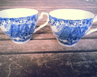 Set of 2 Vintage Colonial Teacups - Made in England