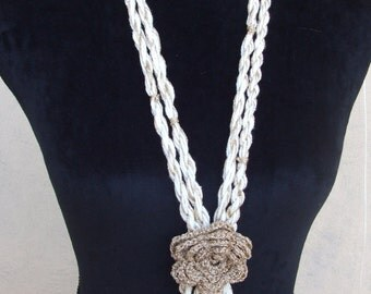 cream gold crochet necklace