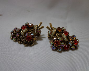 Vintage Style Gold-Tone Clip earrings