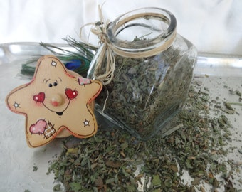 Organic Catnip, Premium Catnip, in Vintage Repurposed Glass Star Canister. Cello Wrapped for Freshness and Gift Giving. Great Gift!!