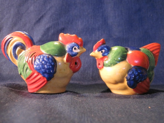 Colorful chicken salt and pepper shakers vintage cock and Colorful salt and pepper shakers