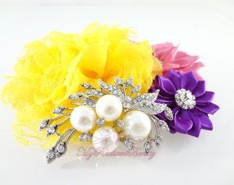 Bridal Brooch, Ivory Pearl and Clear Rhinestone Crystal Diamante Beautiful Bow Brooch , Wedding Brooch BR0011